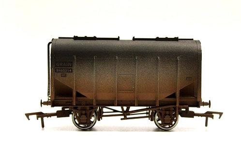 Dapol Closed Hopper Grain Wagon OO Gauge Q1