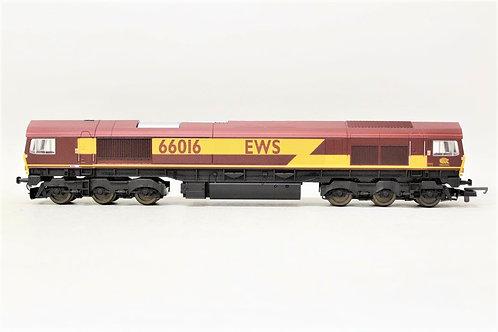 Lima L204691 Diesel Locomotive EWS Class 66016 OO Gauge 1/76 S1