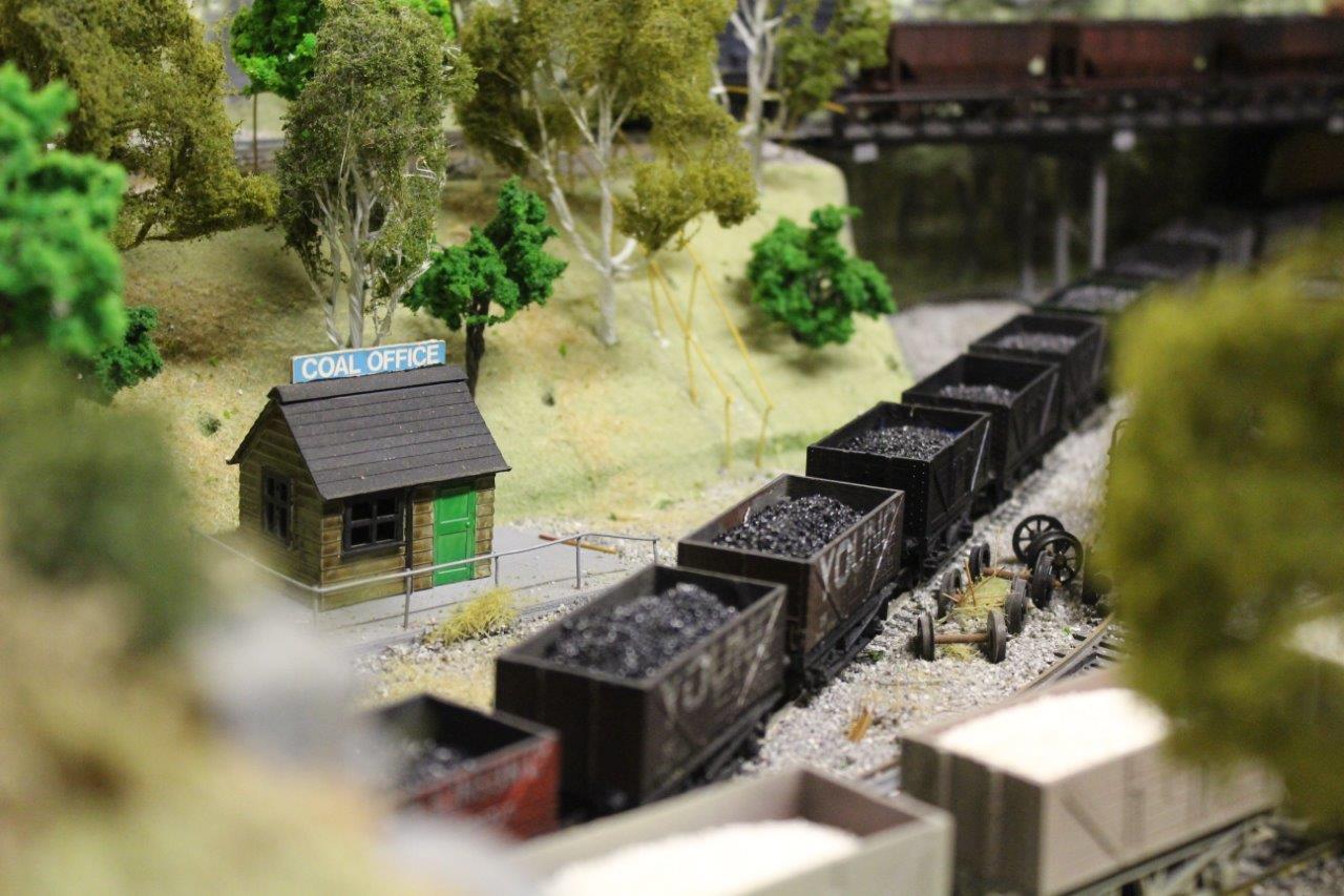 1mm fine coal scene (3)