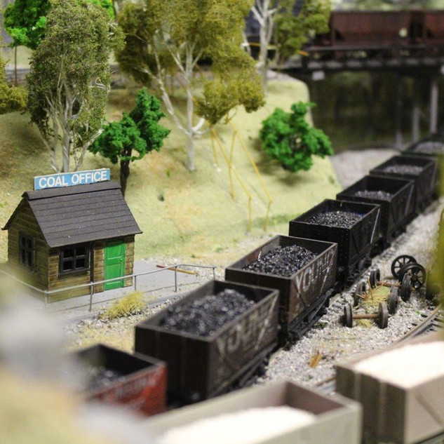 1mm fine coal scene (3).jpg