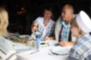 Lounas hetki Algotin Lyhdyssä Lunch på Algots Lykta