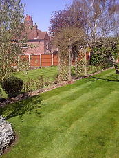 gardener leicester, gardeners leicester, garden maintenance, garden services, gardener, grounds maintenance, garden clearances