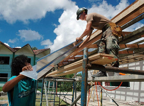 workers-640975-960-720.jpg