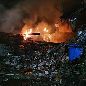Einsatz F2 - Brennt Gebäude