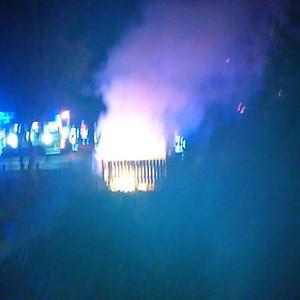 Feuerwehreinsatz, Mülltonne brennt
