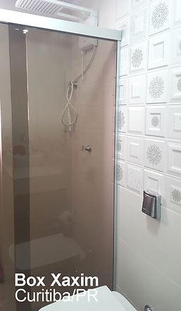box para banheiro vidro bronze com perfil trilho quadrado prata fosco curitiba