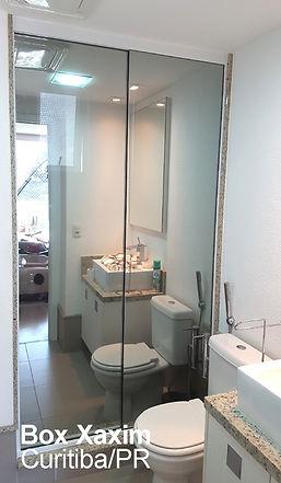 box para banheiro vidro incolor pelicula adesiva espelhado com perfil trilho quadrado branco ate o teto curitiba