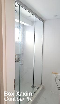 box para banheiro vidro incolor com perfil trilho quadrado cromado ate o teto curitiba