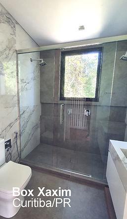 box para banheiro vidro incolor com perfil trilho quadrado cromado curitiba