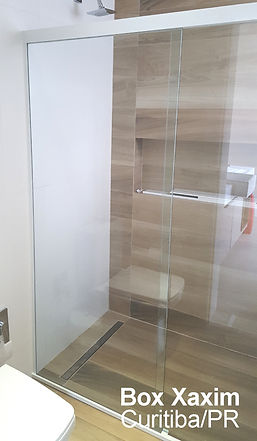 box para banheiro vidro incolor com perfil trilho quadrado branco curitiba