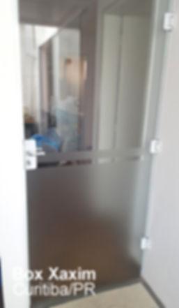 porta_vidro_temperado_giro_abrir_divisoria_ambientes_atico_porta de abrir_curitiba
