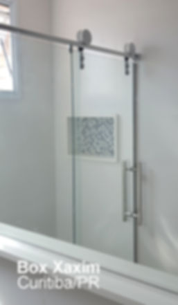 box para banheiro vidro incolor com roldanas aparentes modelo elegance curitiba