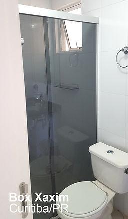 box para banheiro vidro fume com perfil trilho quadrado prata fosco curitiba