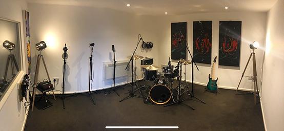 studio 1.png