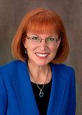Leslie MacGregor headshot