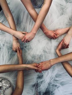 Swan hands