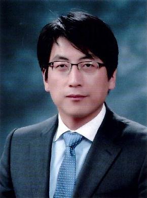 김기찬 교수님_ 지도교수님.jpg