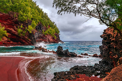 Red Sand Beach | Maui