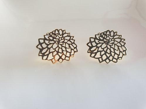 Chrysanthemum Gold Earrings