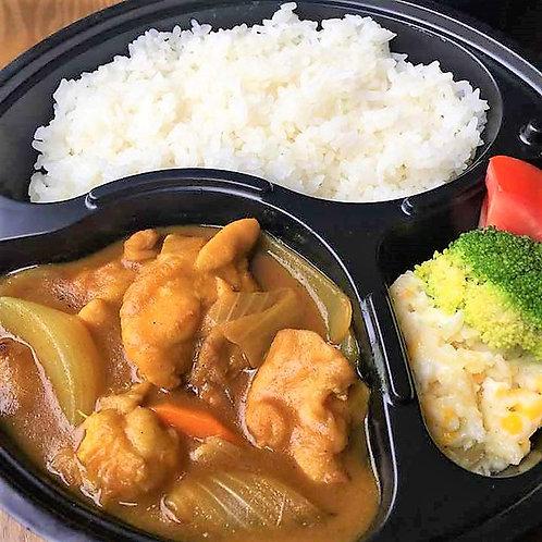 5月07日(火)和風チキンカレー弁当 + サラダ