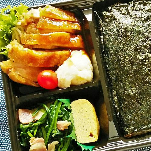 3月11日(月)のりチキン竜田弁当 +味噌汁