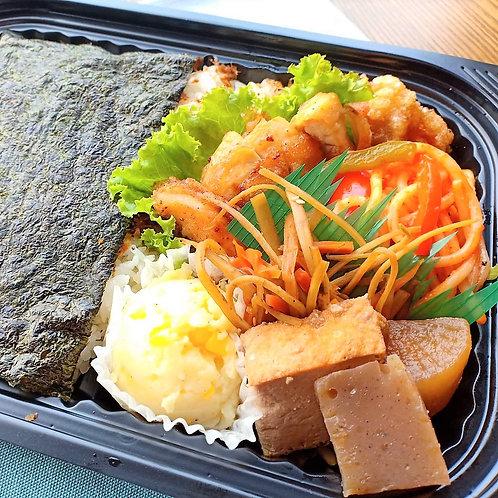 8月9日(金)チキン竜田海苔弁当 + 味噌汁