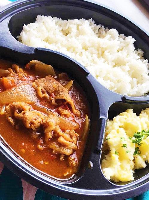 トマトハヤシライス弁当 + 味噌汁