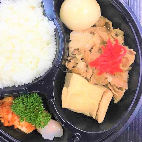 10月 26日(金)肉豆腐弁当 + 味噌汁