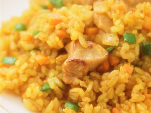 3月14日(木)たっぷり野菜のドライカレー(S) / Ngày 14/3 (Thứ 5) Cà ri khô với nhiều rau củ(S)