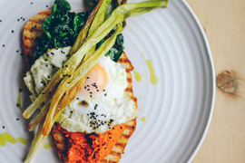 Romesco eggs