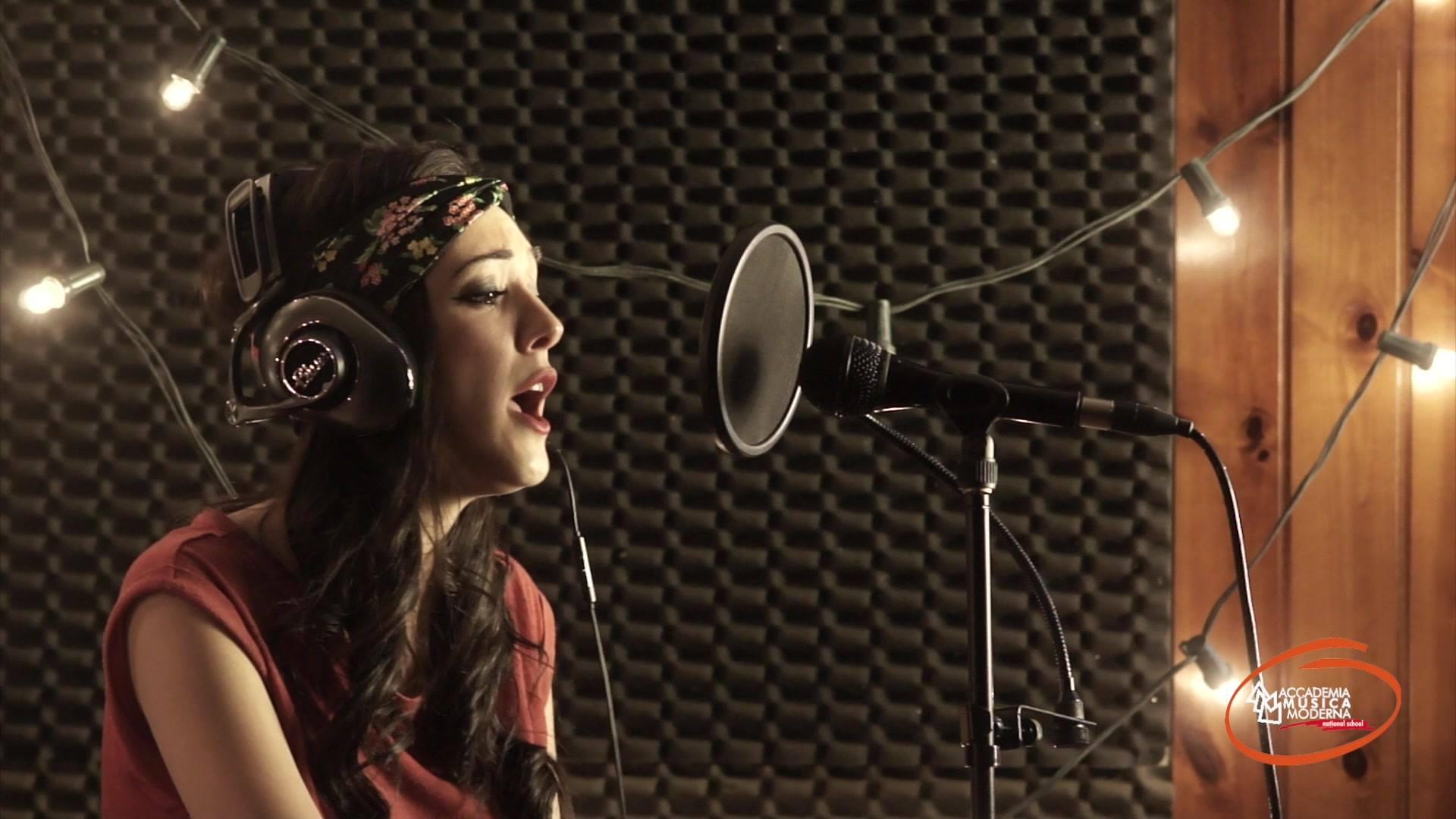 Lavoro di Home Recording della nostra allieva di canto di 1°livello Simona Tutone . Complimenti