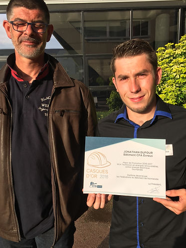 Benoit BOSQUER et Jonathan DUFOUR remise de diplome technicien en energie