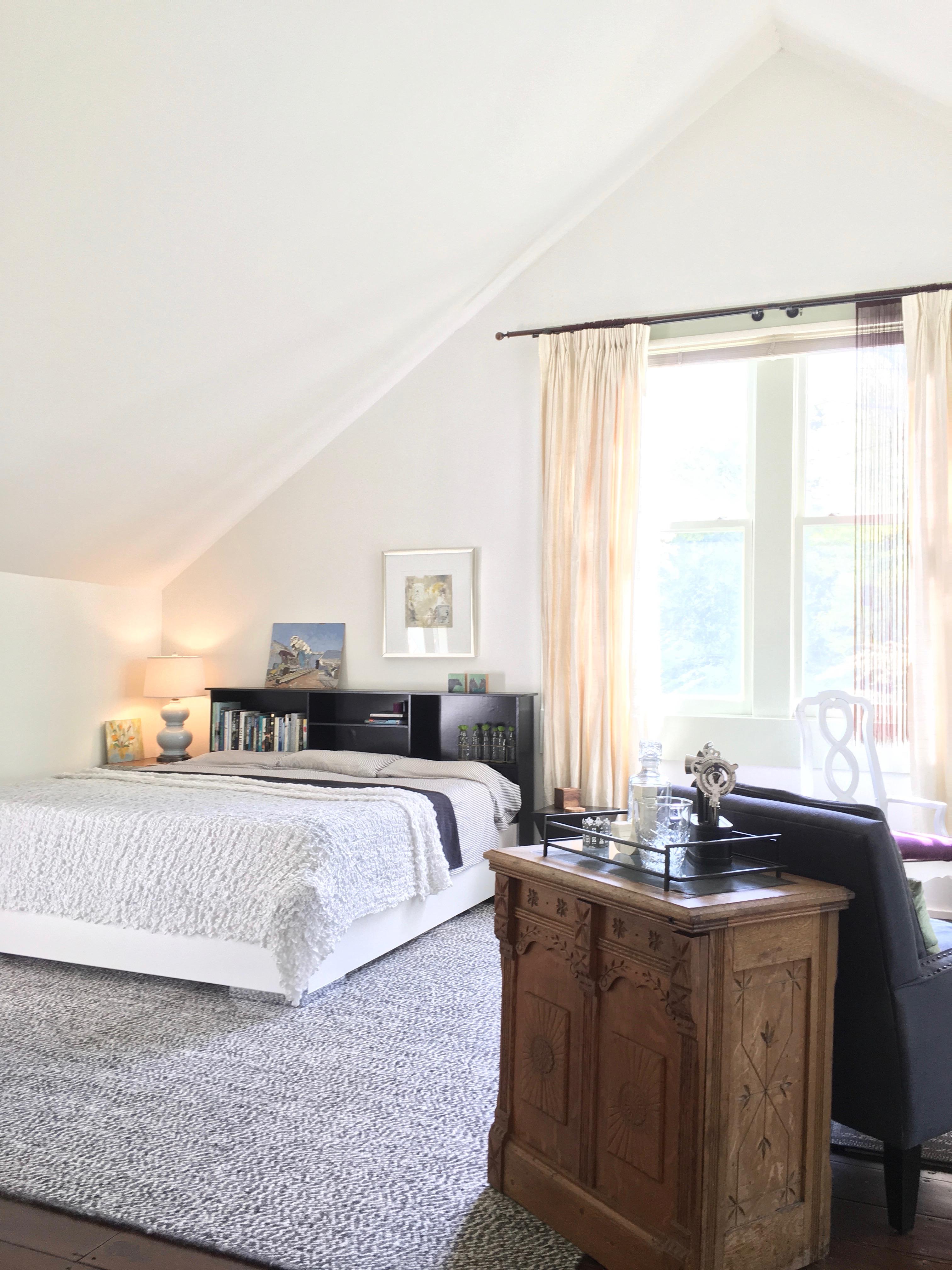 Barn home sleeping loft