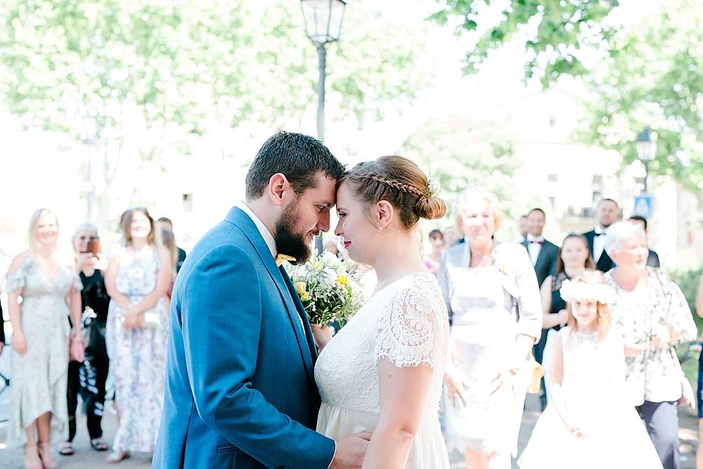 découverte de la mariee avant la ceremonie, var