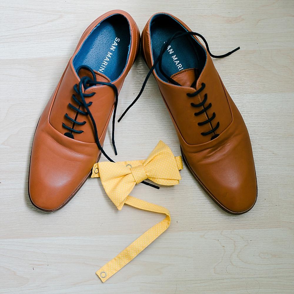 chaussure du marie et noeud papillon, chateau maravenne, la londe