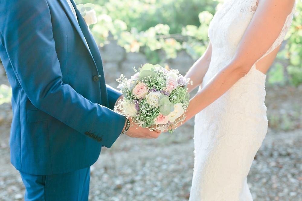 bouquet de la mariee fine art au domaine saint-martin a flassans