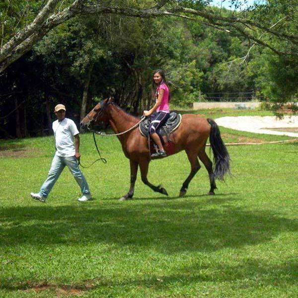 hotel-marantha-passeio-cavalo-3