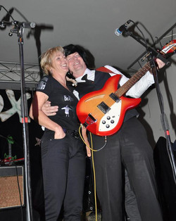 Tieske en Harry at Coverbox 2010-.jpg