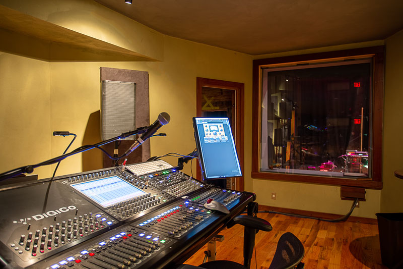 Front-of-House Isolated Mix Room