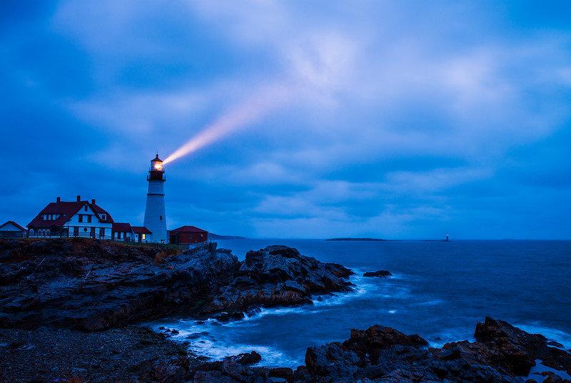 cape-elizabeth-portland-head-light-light