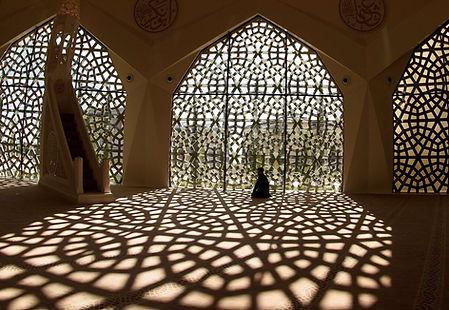 Orando na mesquita