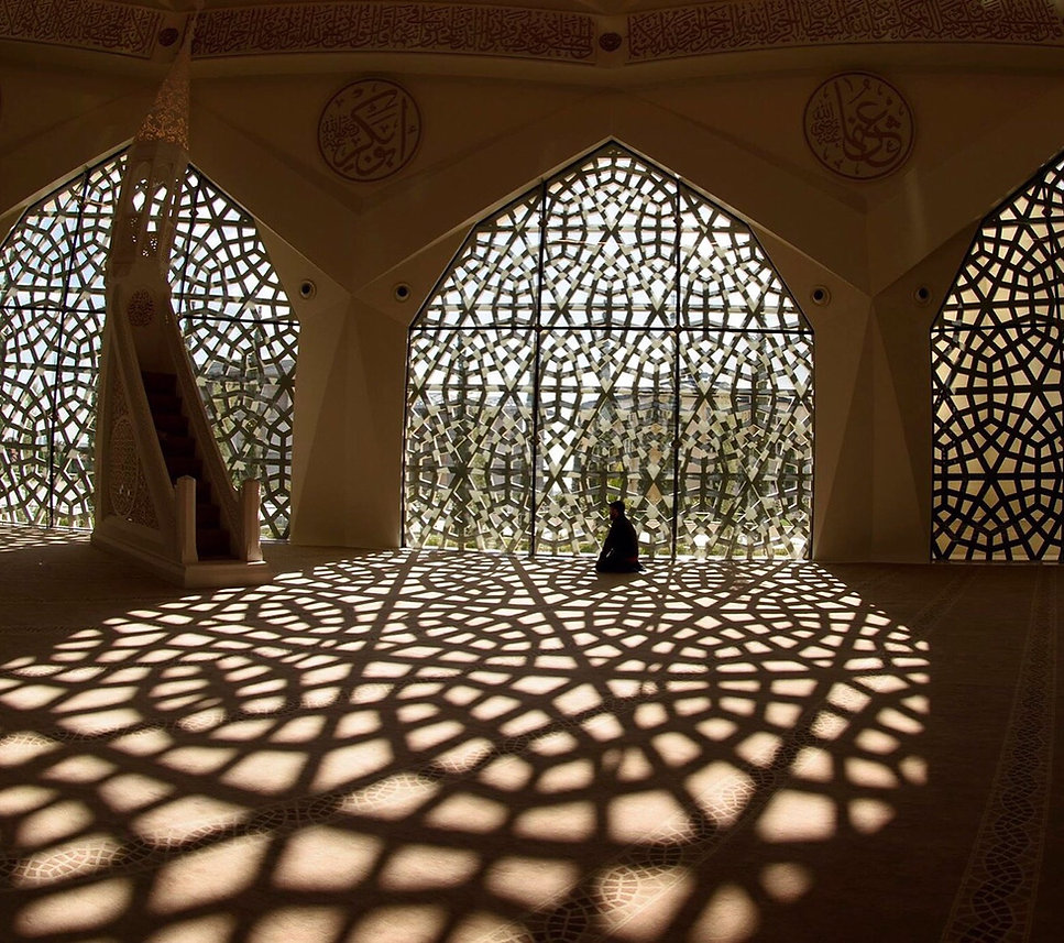 モスクで祈ります