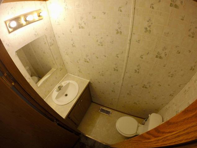 Kinkaid Cabins - Bathroom
