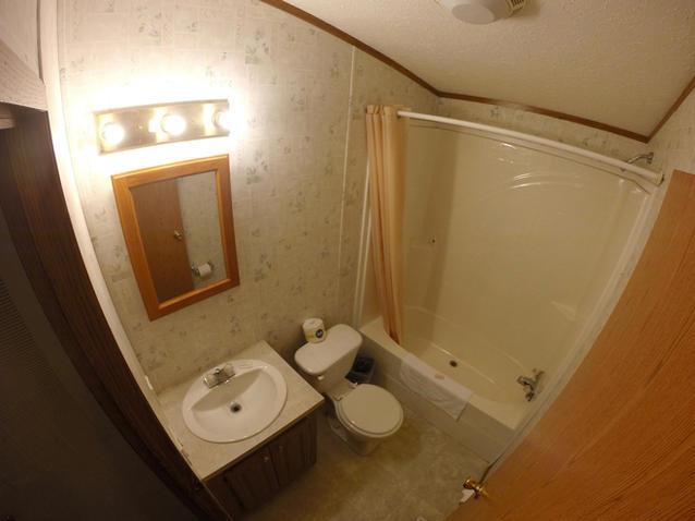 Kinkaid Cabins - Bathroom 2