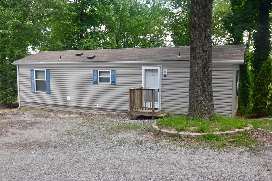 Kinkaid Lake cabins for rent in Murphysboro, IL.