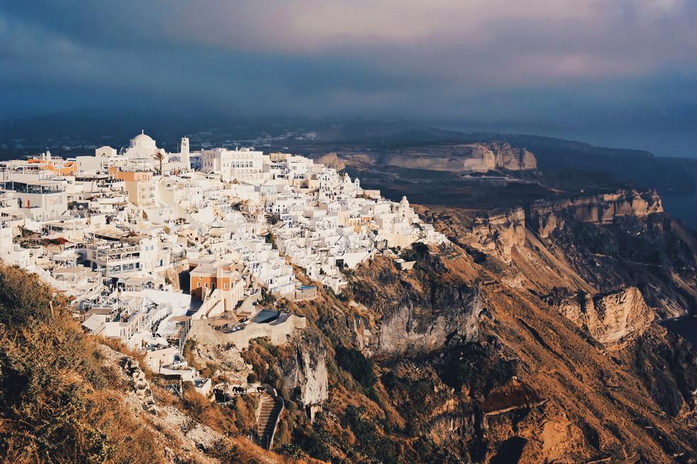 Greece-Santorini-cliff.jpg