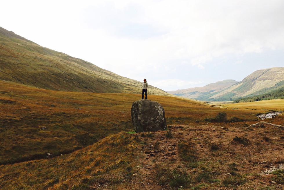 Scotland-UK-Isle-Skye-man-field.jpg