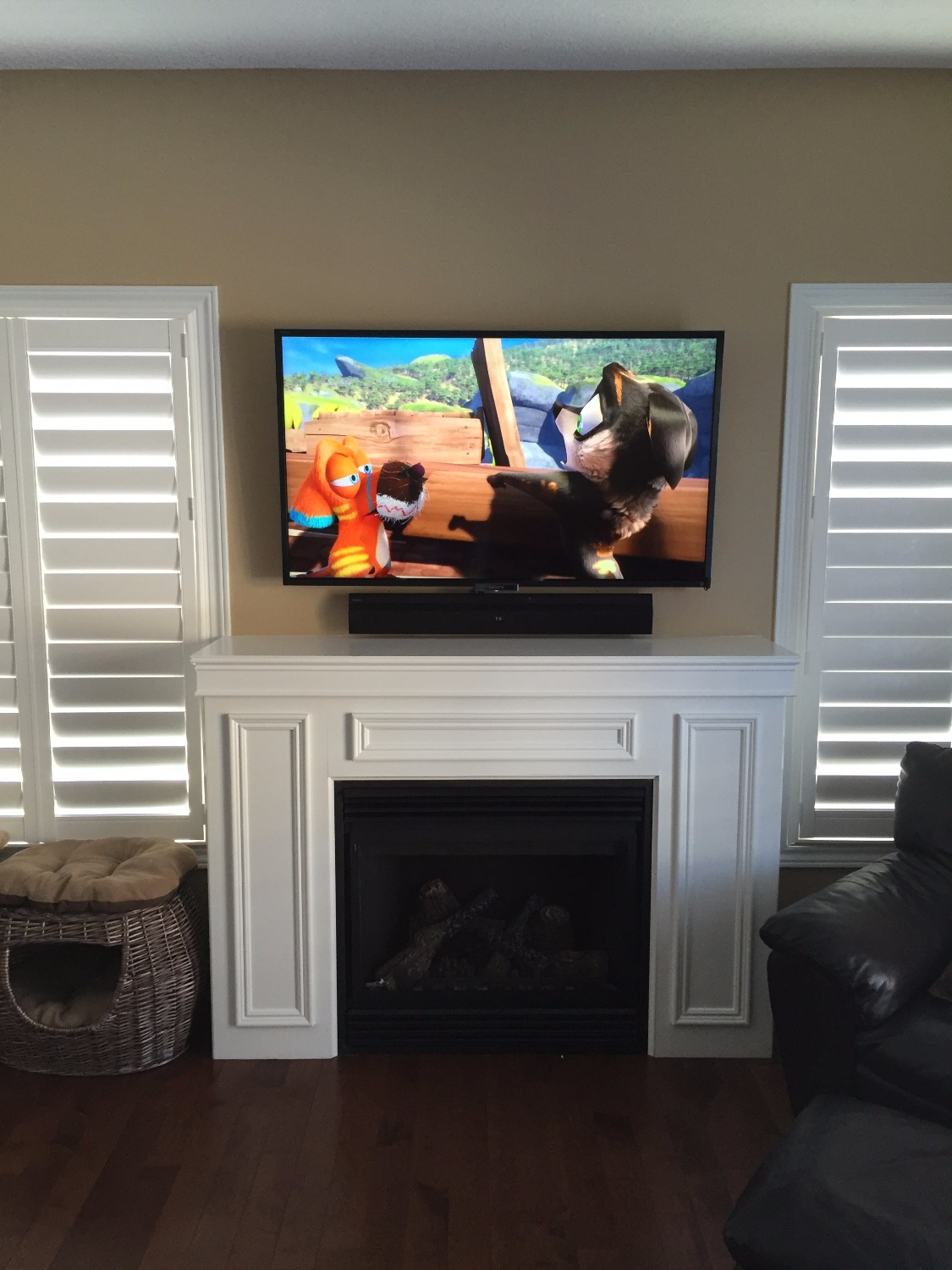Mounted TV & Sound Bar