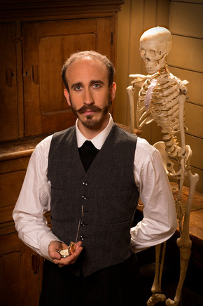Dr Clive