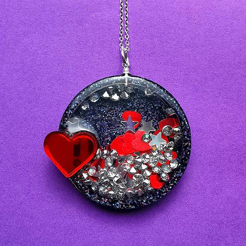 Black heart shaker necklace